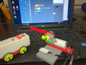 Занятия по робототехнике на Lego WeDo и Scratch для младших школьников