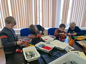 Курс по робототехнике для детей ПервоКлассный конструктор-механик / 6+