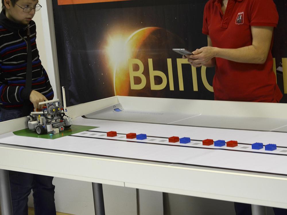 Олимпиада ЦПМ по робототехнике в Робоцентре Полигон. Младшая категория 1