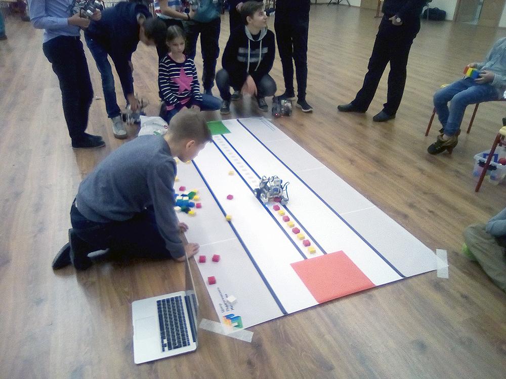 Олимпиада ЦПМ по робототехнике в школе 439